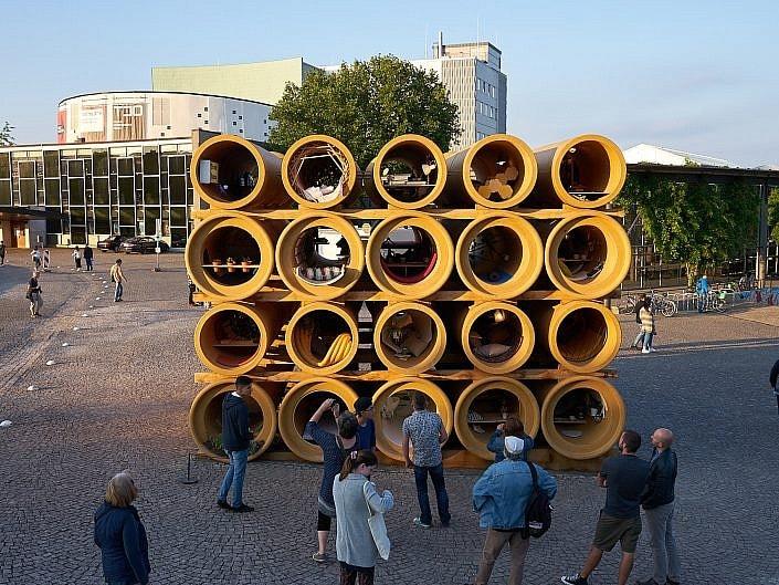Röhren-Installation, Hiwa K, Kassel, Documenta 14